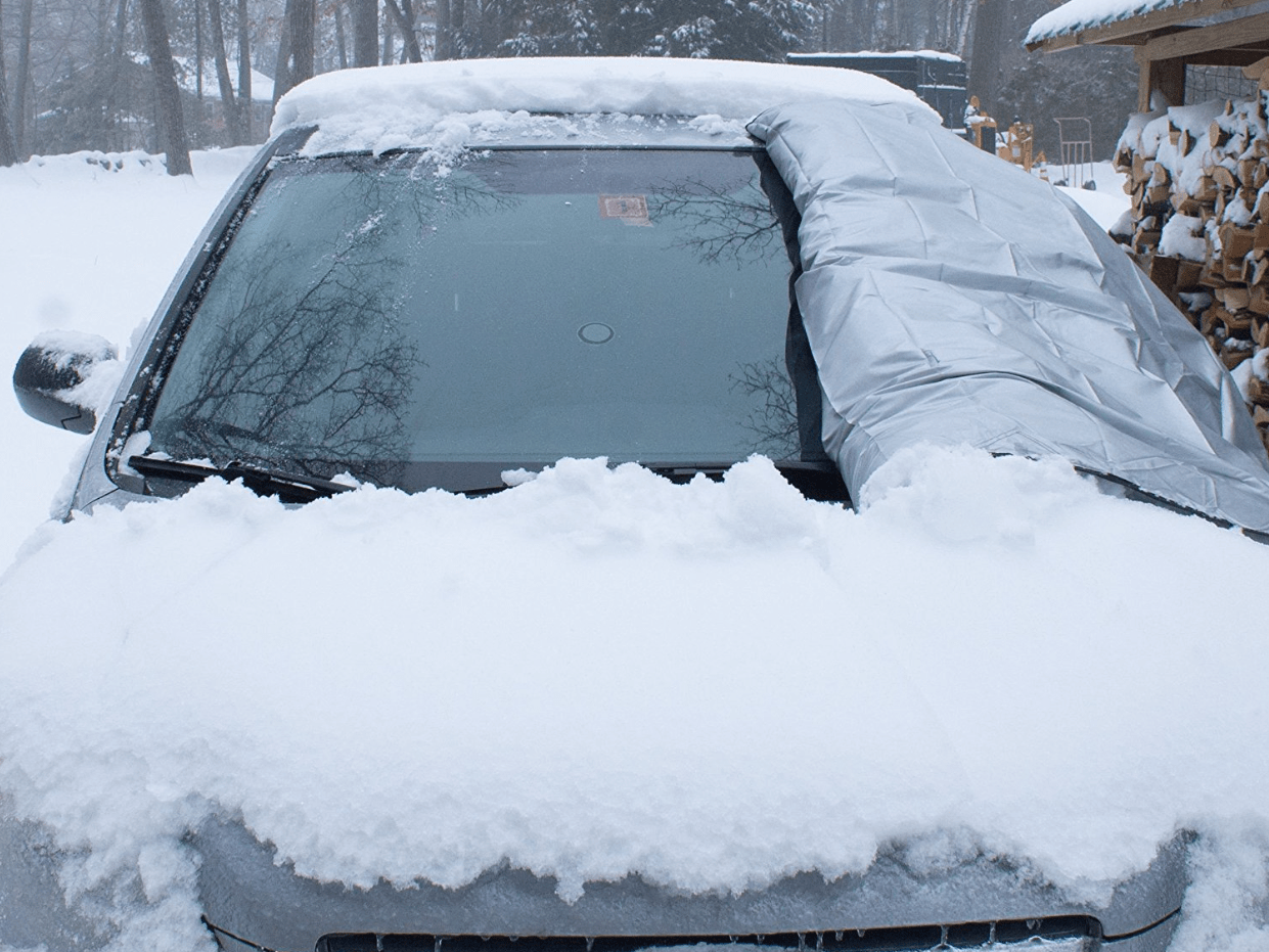 A snow blanket that clears your car's windshield in seconds