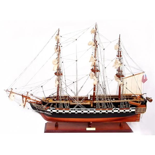 USS Constitution festett makett Történelmi makett