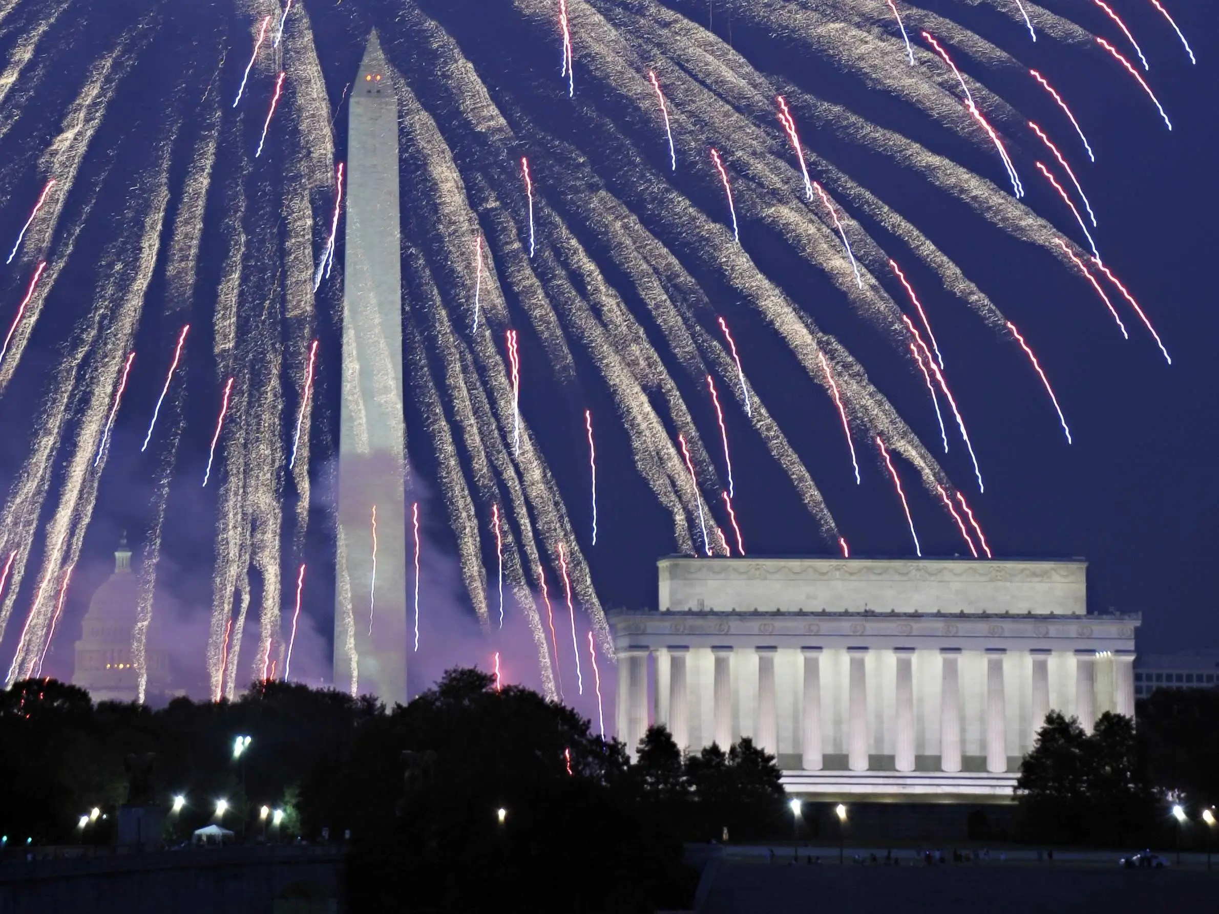 Where To Find The Biggest And Best July 4th Fireworks ...