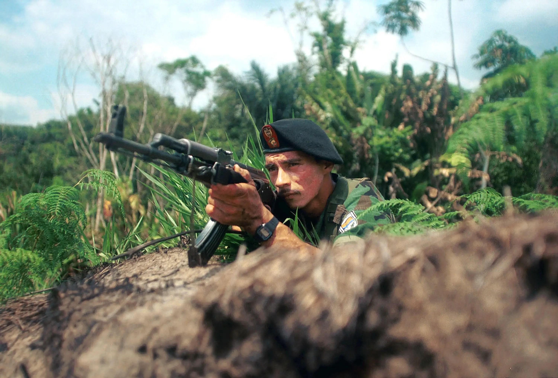 FARC soldier rebel gunman Colombia
