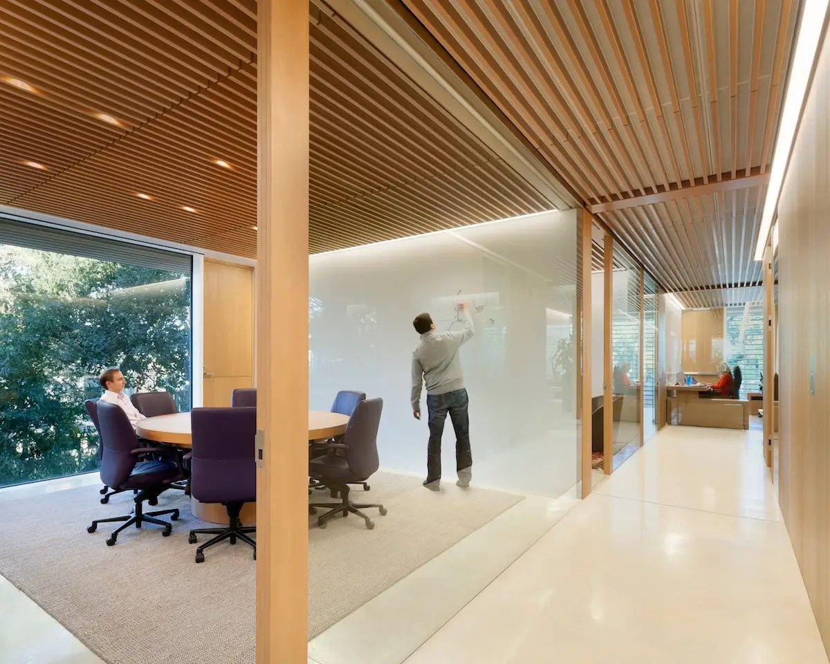 The headquarters of an undisclosed Silicon Valley venture capital firm were redesigned with gardens, wood finishes, and plenty of glass to create an understated, intimate work environment. (Paul Murdoch Architects; Kappe Architects Planners)