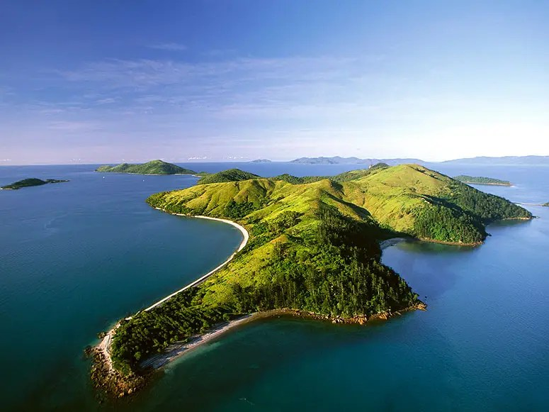 6. Great Barrier Reef & Whitsunday Islands, Australia