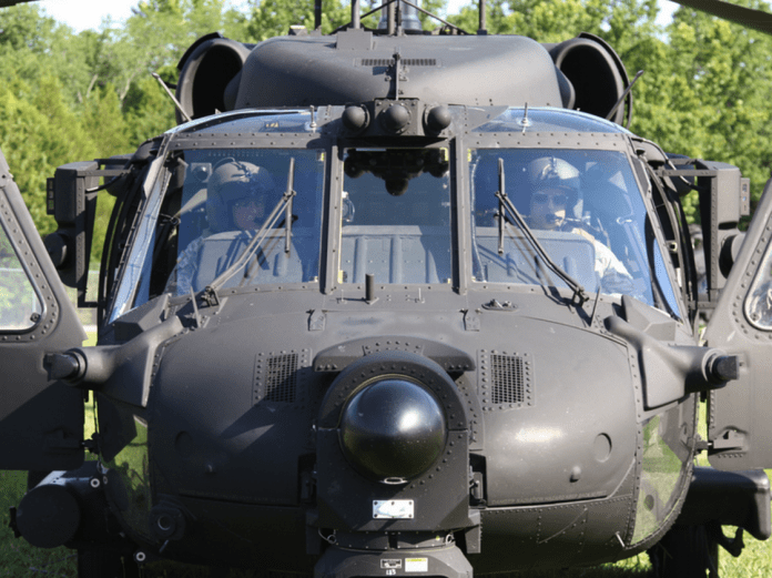 160th SOAR mh-60L Army helicopter pilot kept flying for 5 hours to support Delta Force Army helicopter pilot kept flying for 5 hours to support Delta Force 160th