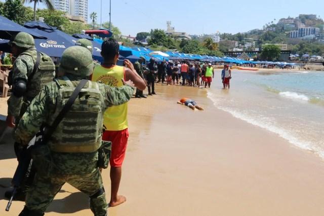 Mexico Guerrero Acapulco tourist beach homicide crime scene murder