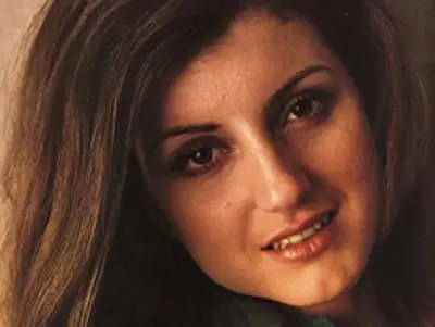 Arianna Huffington was traveling to music festivals around the world for the BBC with her boyfriend at the time.