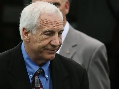 Jerry Sandusky In Solitary Confinement Business Insider