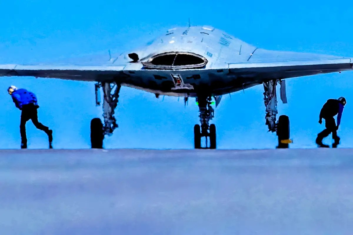 In May 2012, AV-1 began high-intensity electromagnetic interference testing at Patuxent River, to test its compatibility with planned electronic warfare systems.