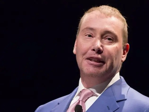 Jeffrey Gundlach, chief executive and chief investment officer of DoubleLine Capital,  speaks during the Sohn Investment Conference in New York May 4, 2015. REUTERS/Brendan McDermid Jeff Gundlach's 'free money' trade on volatility is already paying off Jeff Gundlach's 'free money' trade on volatility is already paying off doublelines gundlach puerto rico represents only 1 percent of fund