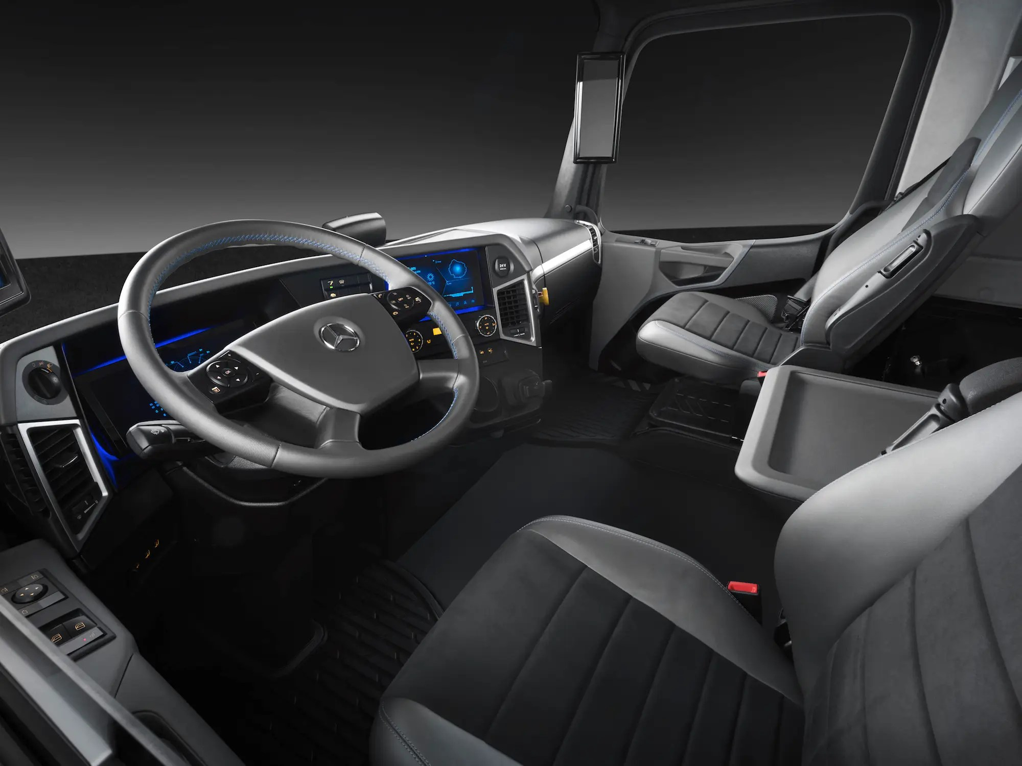 The truck comes with a digital driver's instrument and a 12.3-inch infotainment display on the center of the dashboard. That central display provides information about the truck driver's route.