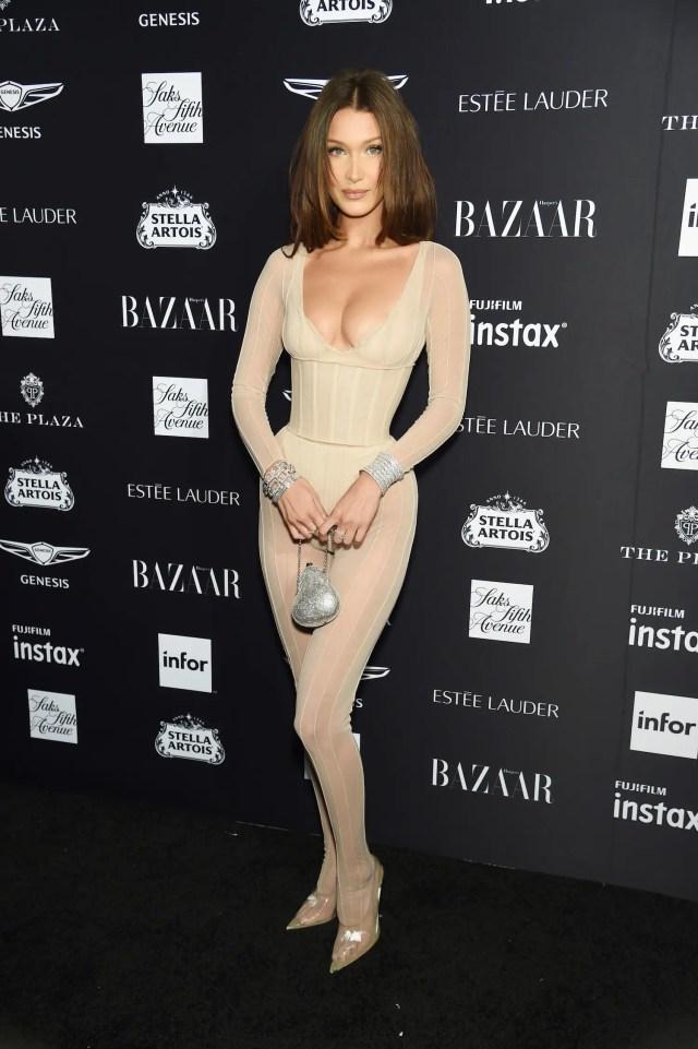 Bella Hadid corset