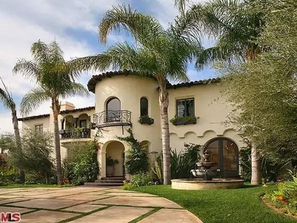 Kate Walsh's 1928 Spanish-style manor -- $4.295 million