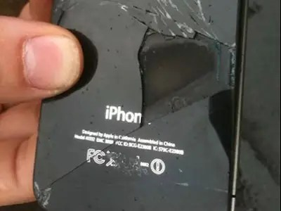 iphone that melted after plane flight