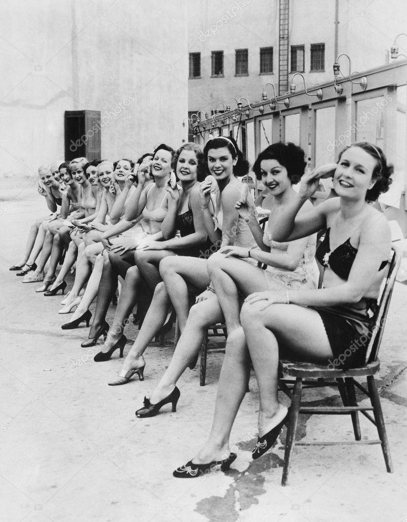 Resultado de imagem para mulheres juntas