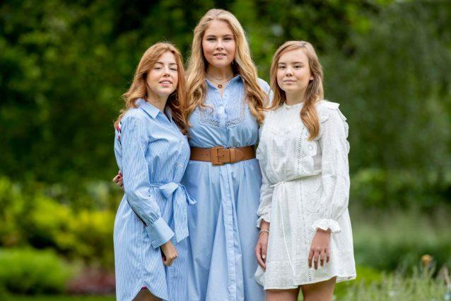 La principessa Amalia con le sorelle le principesse Alexia e Ariane d'Olanda