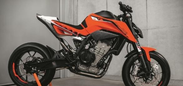 KTM 790 Duke Prototype - Super Moto Tecnica - supermototecnica.com