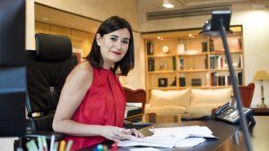 Ministra de Sanidad, Carmen Monton, antes de la entrevista con DM