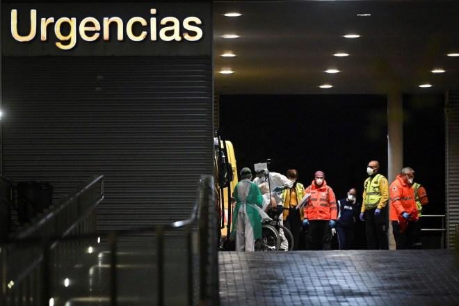Puerta de Urgencias del Hospital Príncipe de Asturias.