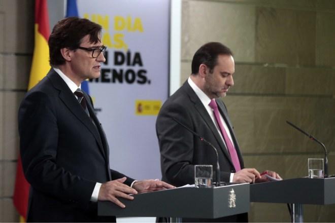 Salvador Illa y José Luis Ábalos, durante su comparecencia en La Moncloa.