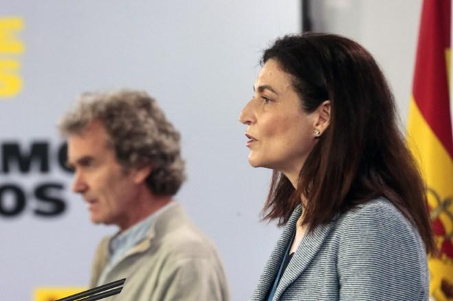 Fernando Simón, director del Centro de Alertas y Emergencias Sanitarias y Raquel Yotti, directora del Instituto de Salud Carlos III,
