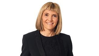 """Elisabet Pedrosa, directora i presentadora de """"L'ofici d'educar"""" d'""""El suplement"""""""