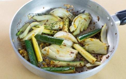 Preparazione Finocchi e zucchine brasati - Fase 2
