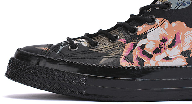 converse-first-string-chuck-taylor-70-black-roses-4