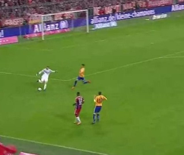 I Did It Again Manuel Neuer Showcases Crazy Skill Against Hertha Berlin