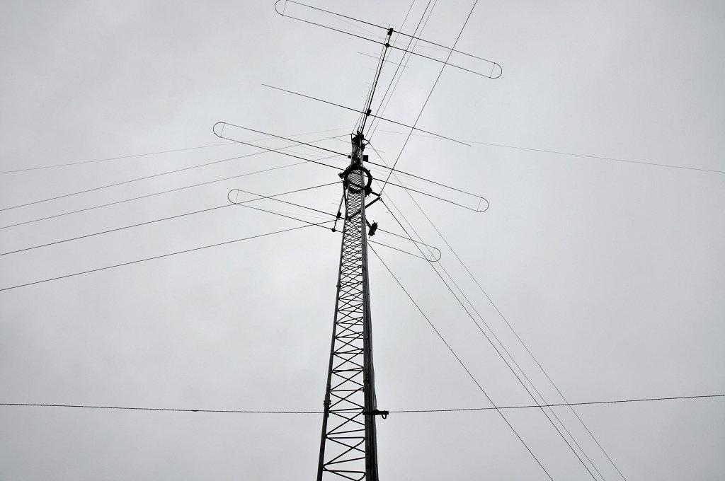 delta loop 2?resize\\\=545%2C361 gm power antenna wiring diagram gandul 45 77 79 119 1979 corvette power antenna wiring diagram at alyssarenee.co