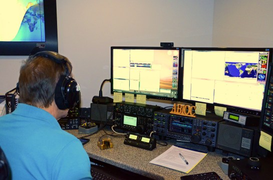 AB1OC Operating In The 2013 CQ WPX CW Contest