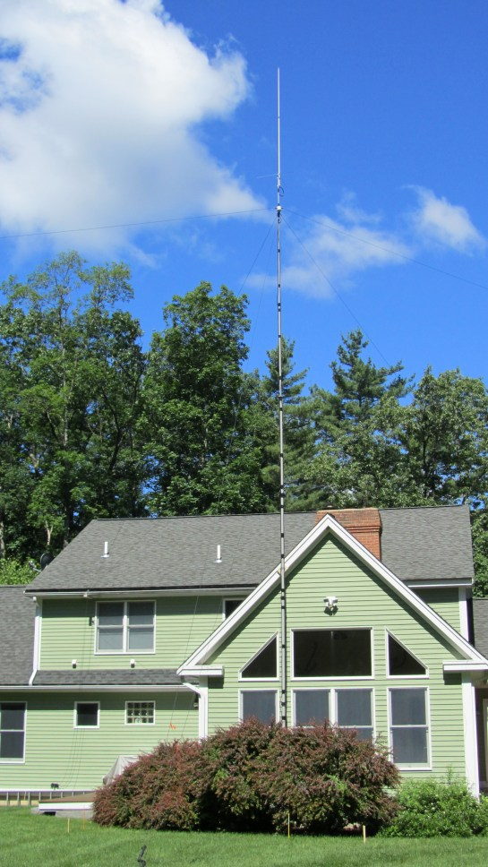 OCF Dipole And Ground Plane Antennas On A Push-Up Mast