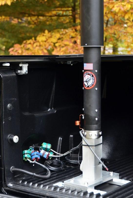 BreedLove Folder-Over Antenna Mount