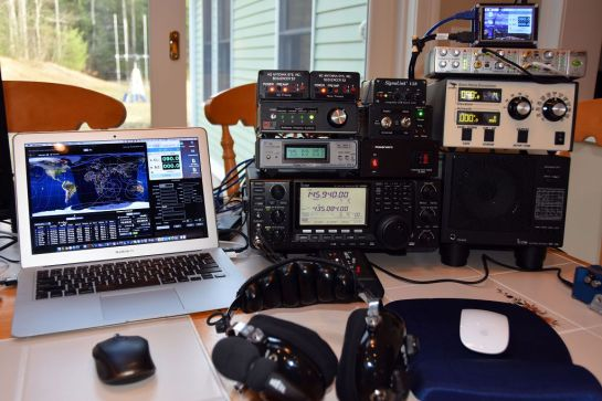 Satellite 3.0 Station Radio and Controls