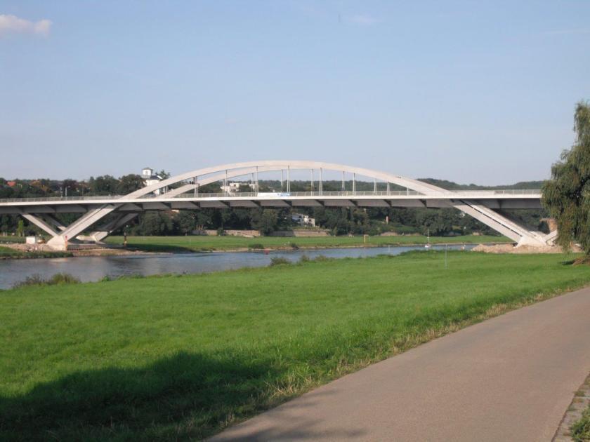 Waldschlösschenbrücke, August 2013