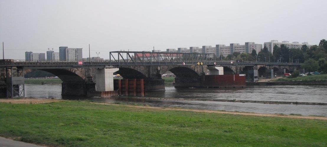 Die Albertbrücke in Zahlen