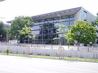 Hörsaalzentrum der TU Dresden, Bergstraße