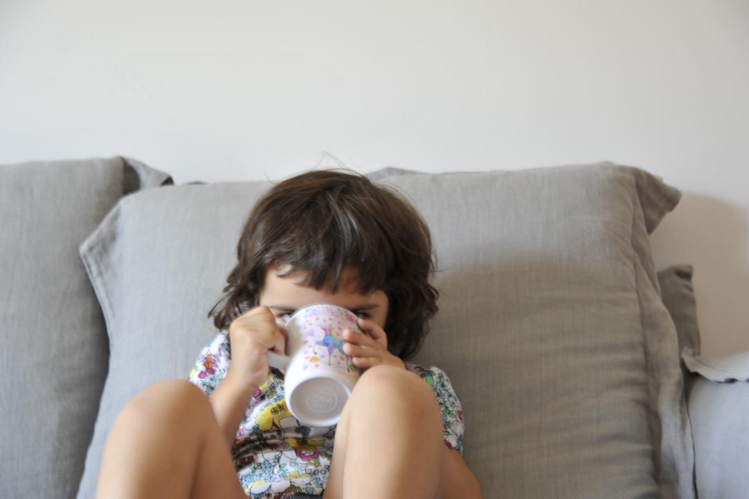 Latte di crescita con fibre, quando i bambini non assumono sufficienti fibre.