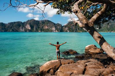 Thailand_PhiPhi_Shutterstock_423070882