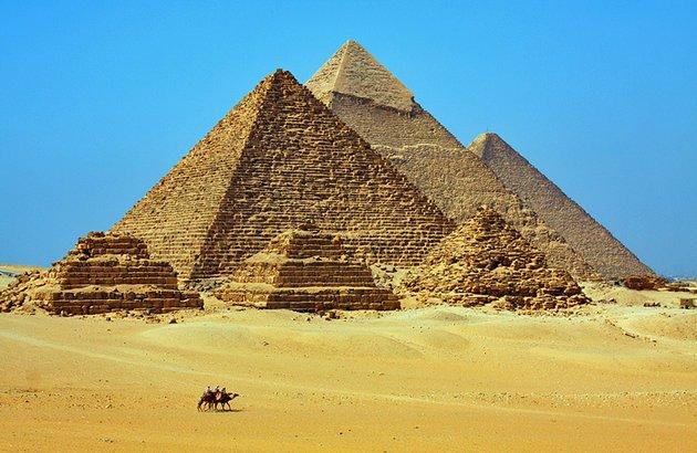 pyramids_vardy