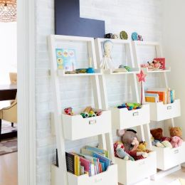 Wayfair: Leaning Bookcase