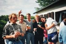 Die Fan- und Spielerkurve: Okupski, Heinz, Blech, Menges, Kaiser