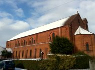 Church from Rodbourne Road in the snow