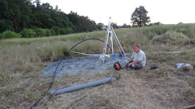 Uchycení čerpadla na závěsné lano