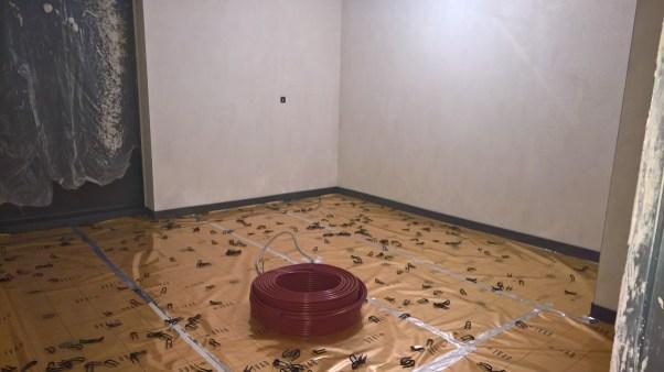 Zateplená podlaha včetně odrazové fólie
