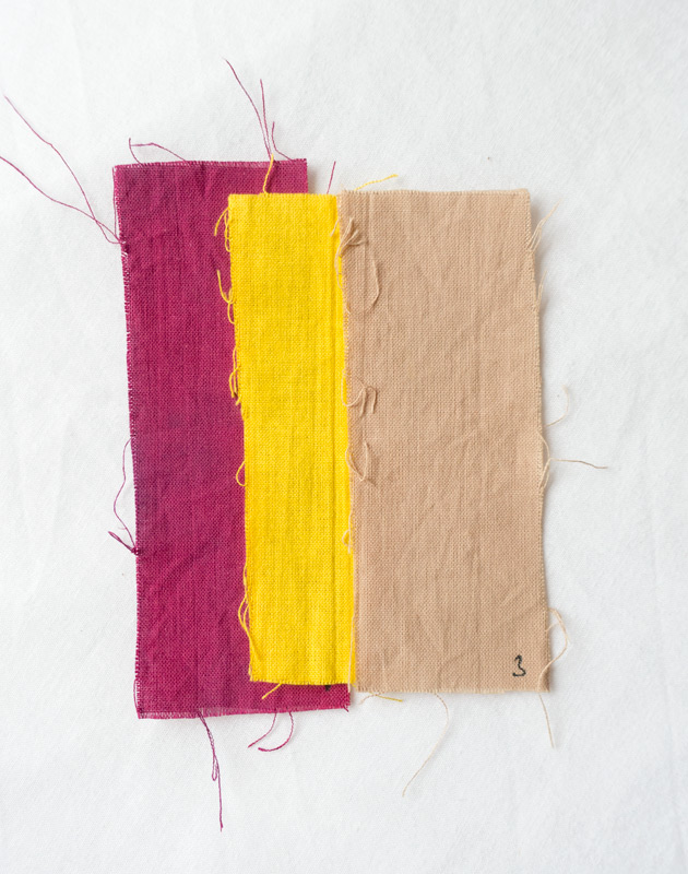 Bright natural dyes