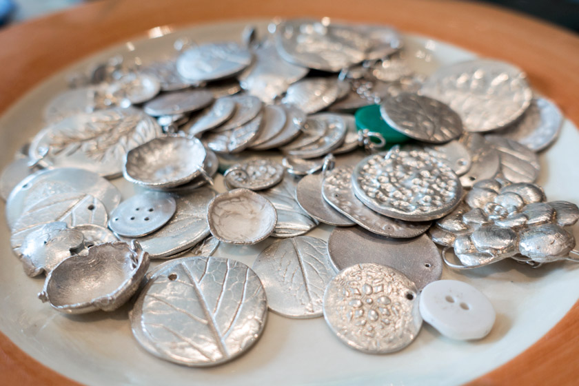 Plate of pendants