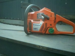Product Testing Chainsaw