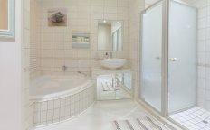 Seaside Village Stunning Bathroom