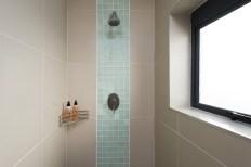 Big Bay Accommodation en-suite bathroom