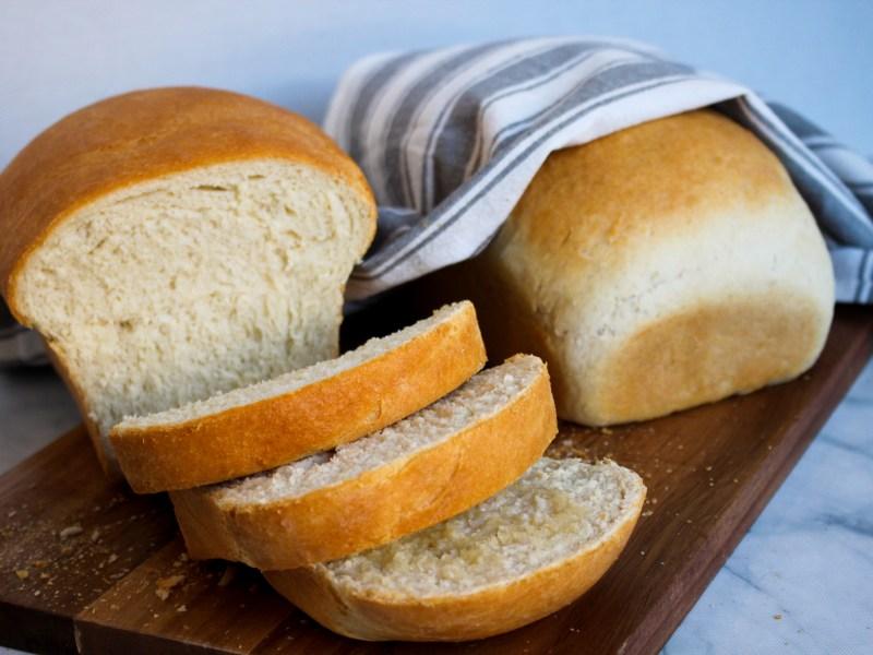 Classic Homemade White Bread