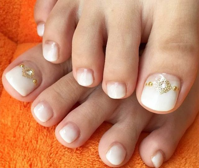 Adorable Toe Nail Designs For This Summer Stayglam